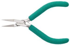 Flat Jaws_Baby Wubbers Flat Nose Jeweler's Pliers